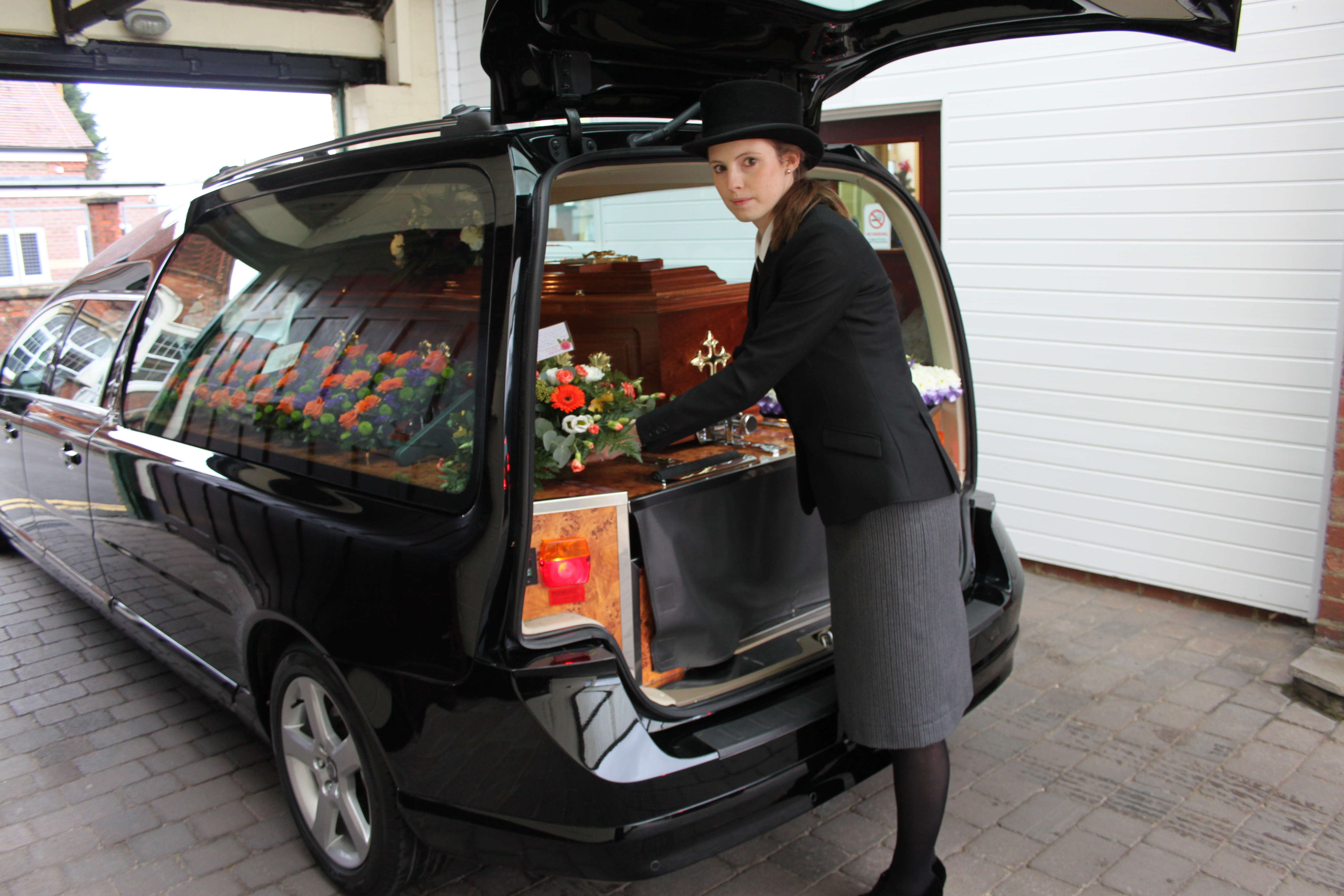 Texas Limo And Bus Llc 1 likewise Funeral Transportation Service moreover Sweet 16 Destination Ideas In Ny And Nj further Image40srcsetlarge0 srcset Large in addition Untitled Design 5. on austin nightlife party buses transportation