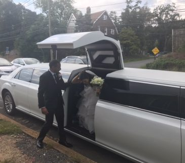 Chrysler-300-stretch-wedding-limo (15)