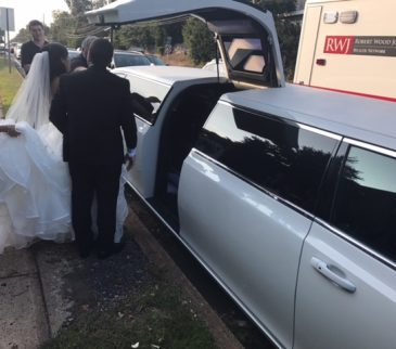 Chrysler-300-stretch-wedding-limo (5)