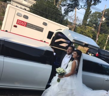 Chrysler-300-stretch-wedding-limo (7)