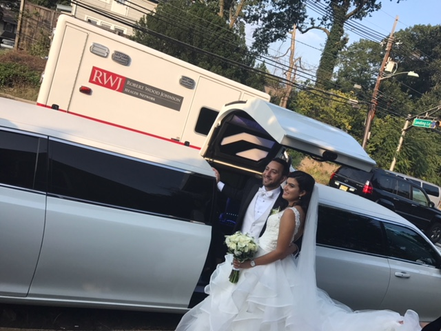Faq Limo Party Bus Nj further Chrysler 300 Stretch Wedding Limo 5 additionally Image50 srcset Large in addition Wedding Transportation Trends besides Chrysler 300 Stretch Wedding Limo 7. on austin nightlife party buses transportation